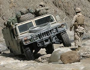 300px-Humvee_in_difficult_terrain